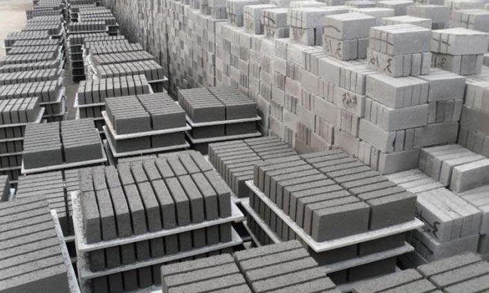 Betonvloer Verven Woonkamer : Betonvloer laten leggen de vakman van lingen beton doet het graag